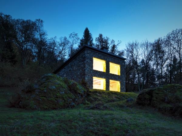 Concrete House ideas CASA VI by EV+A Lab 10