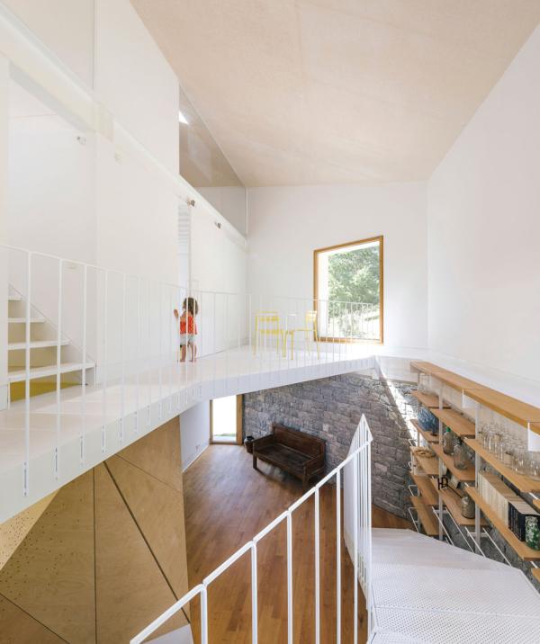 Refurbishment Barn House by PYO arquitectos 6