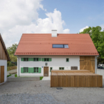Farmhouse renovation ideas / Alt-Riem house by Peter Haimerl
